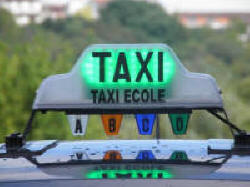 Lumineux taxi